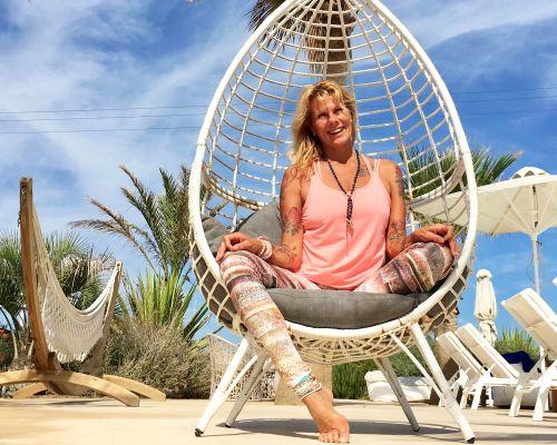 Actieve vinyasa en yoga nidra in Griekenland