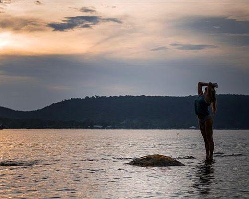 Yogareizen aan zee