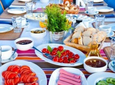 ontbijt yogavakantie Griekenland