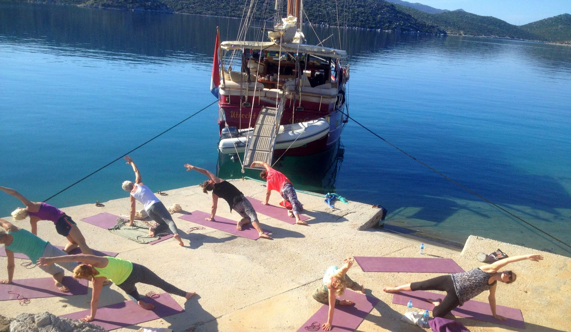 yoga retreat op zeilschip in Griekenland