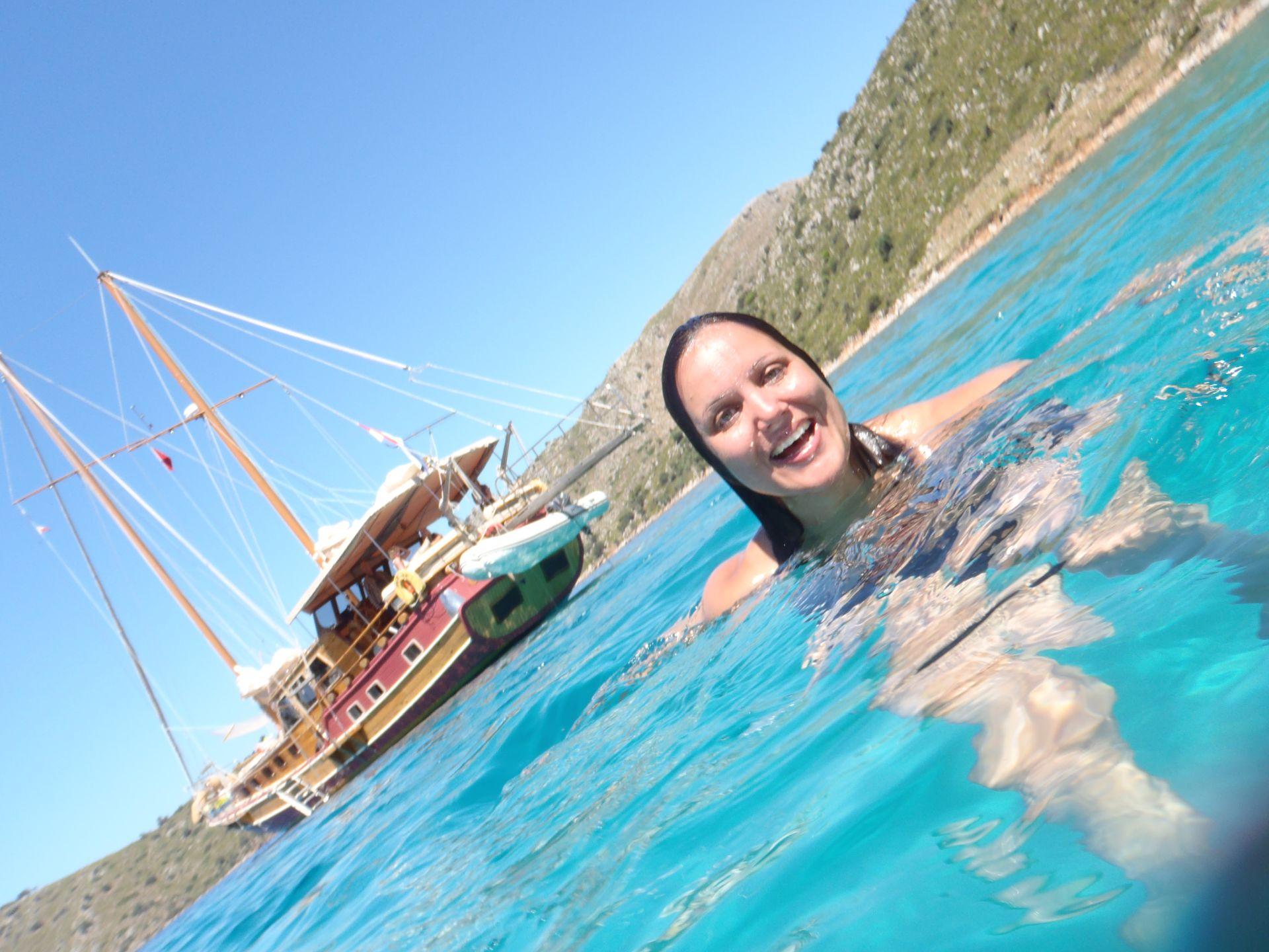 yogavakantie op een zeilschip in Griekenland