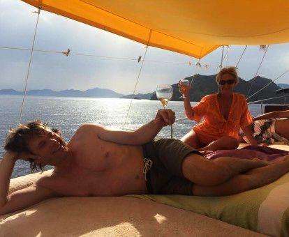 yoga retreat met een wijntje